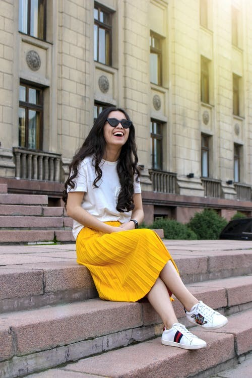 8 simple and easy outfit ideas for women to make a definite style statement